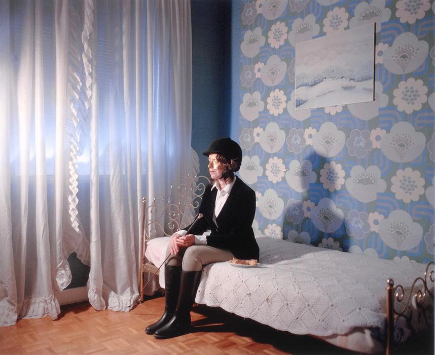 Myriam dans sa chambre - Delphine Balley